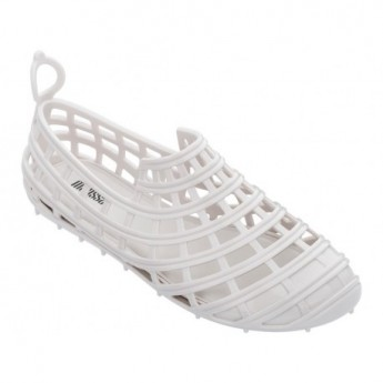 ALMA white flat crab sandals for woman
