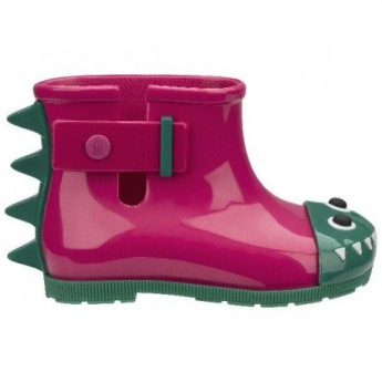 BE green and pink flat closed boots for baby